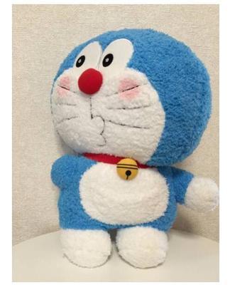 日本代购机器猫哆啦a梦嘟嘴腮红回头蓝胖子布娃娃毛绒绒可爱42cm