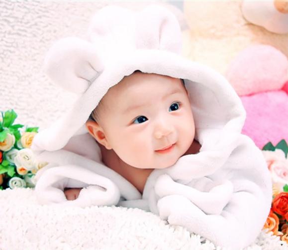儿童摄影服装 影楼服装 宝宝百天拍照衣服 照相馆 白色浴袍套装