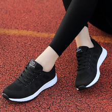 2018 new summer shoes running shoes female students sports shoes breathable mesh shoes lightweight black running shoes