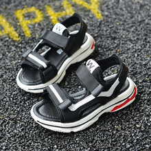 Boys sandals leather 2018 new children in the Korean version of the summer beach children slip students soft bottom boys shoes