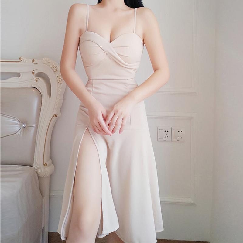吊带连衣裙2017新款性感夜店中长款修身显瘦杏色抹胸开叉A摆礼服