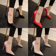2017 new high heels in the spring with a thin tip of the nose, a small black hot pink professional work shoes