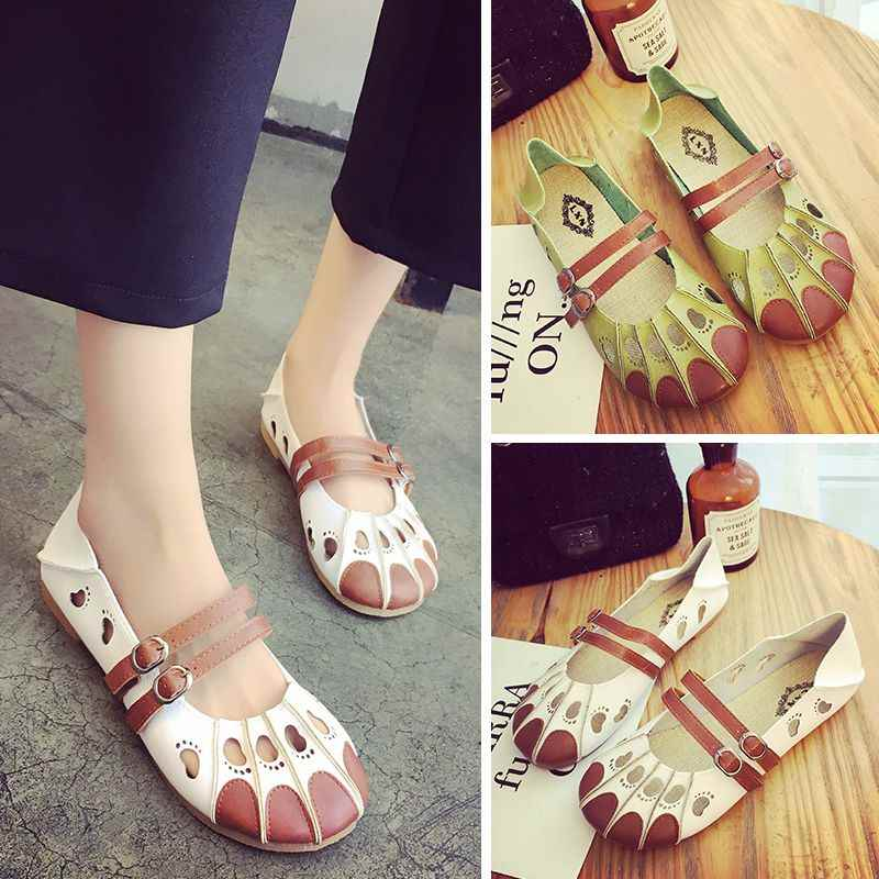 In the summer of 2017 new flat sandals female Crocs shoes shoes Baotou shoes pierced Korean Students