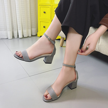 2017 new summer with crude word buckle toe high-heeled sandals sandals female sexy single woman in Rome