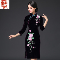 Hang Seng Arts fall short daily casual dress velvet embroidered vintage buttons slim moms dress