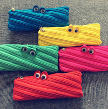 Japan and South Korea cartoon small monster zipper bag zero wallet creative pouch men and women universal 5112