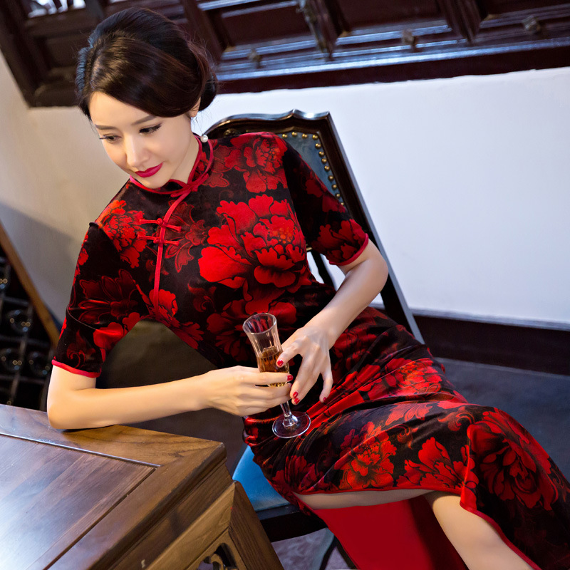Maple mei silk In the fall of women's clothing In the new sleeve qipao dress Chinese wind side cheongsam embroidered lotus leaf
