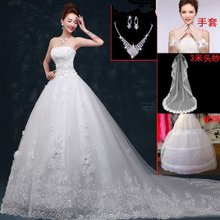 A lovely bride wedding dress photo lace straps breathable thin elegant lace wedding dress cute fairy creative