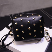 2017 new European fashionable small package bag, mobile phone bag Mini rivet Shoulder Messenger Bag