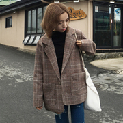 2016 new winter women's Korean retro British style Plaid collar wool coat woolen coat suit