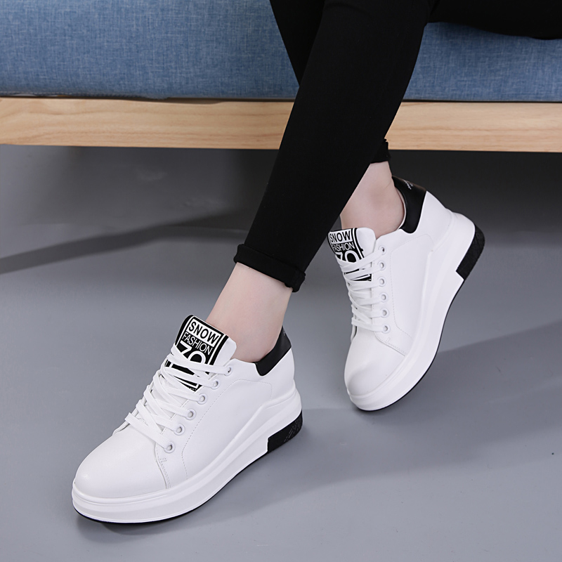 The increase in female white shoes breathable thin all-match spring fresh 2017 new Korean fashion leisure sports shoes