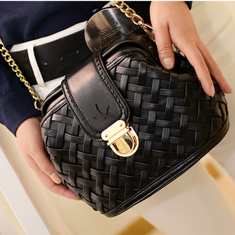 2015 new Korean version about the mini chain vintage woven women's baodan small shoulder bags slung bags cosmetic bag
