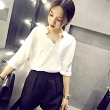 2018 summer new chiffon shirt female short-sleeved Korean loose fat mm sweet wild thin V-neck shirt