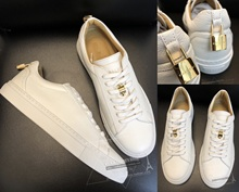 VICKIE Hong Kong Shopping BUSCEMI 18 spring and summer gold lock white with small white shoes