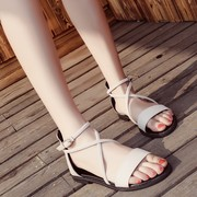 Korean female summer huarach with 2017 new cross straps retro Rome shoe buckle a student flat sandals