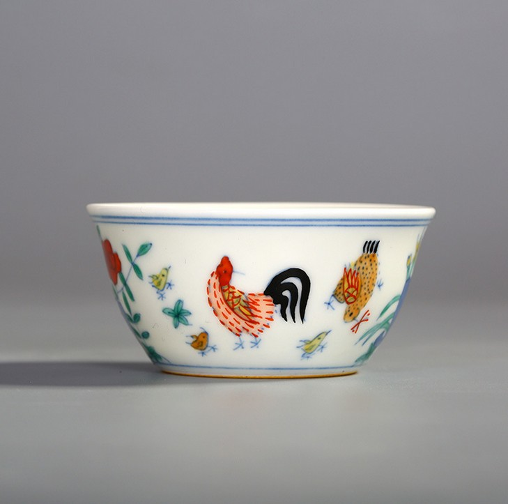 Seiko hand-painted version of antique Ming into the auction 280000000 cylinder cup chicken bucket color Kung Fu tea cup