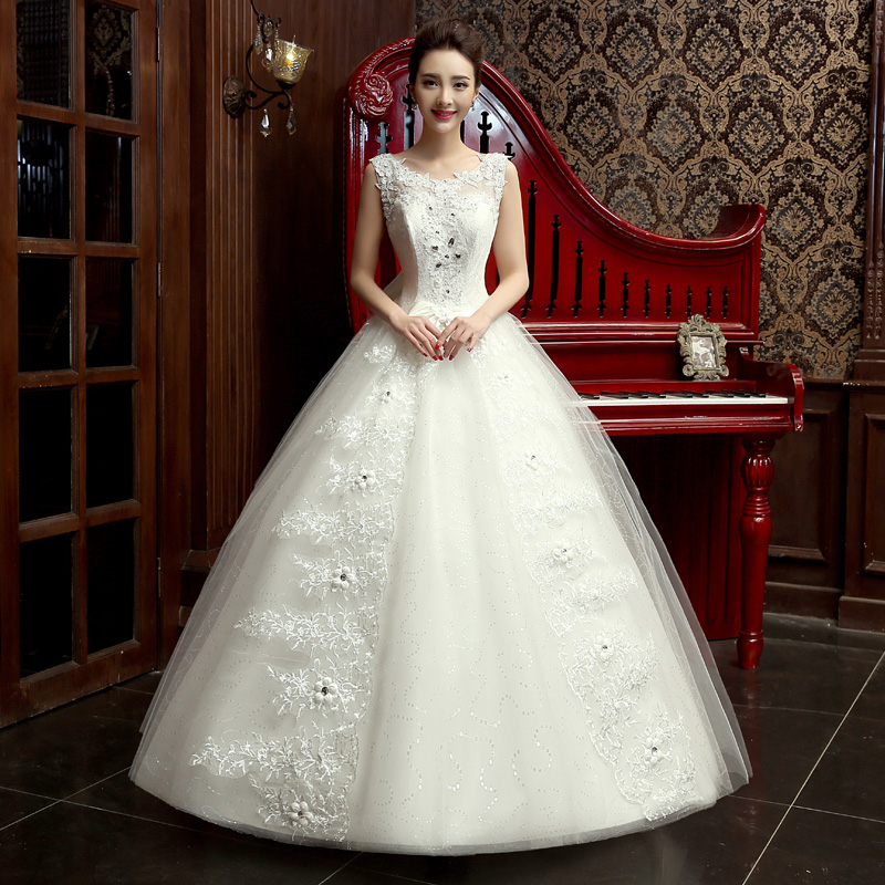 Shoulders beautiful, V collar wedding, Korean version of thin, fluffy skirt, Qi, lace, bright princess dress new style