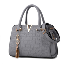 Lady bag 2016 autumn tides simple stylish new moms one-shoulder diagonal crocodile pattern bag