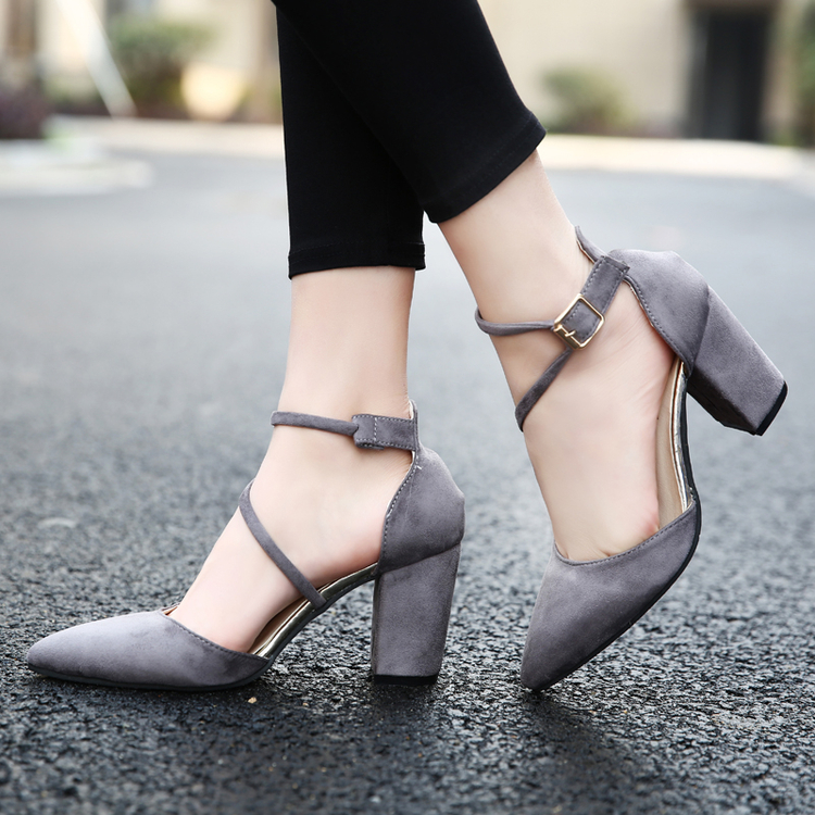 High heels female autumn 2017 new all-match sexy thick with shallow mouth are 2017 pointed shoes shoes shoes
