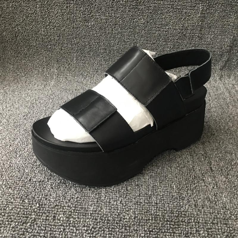 The new summer break code clearance leather shoes Velcro sponge thick leisure fashion women's sandals