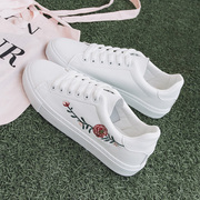 White shoes fall 2017 new students all-match canvas shoes embroidered shoes leisure shoes Korean white sports shoes