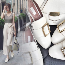 Peas flat shoes women spring 2018 new casual shoes Korean version of the wild little white single shoes lazy pedal