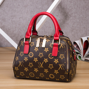 The new 2017 bag ladies fashion handbags handbags and pillow bag casual Shoulder Bag Messenger Bag