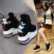 Sneakers women thick at the end of increase in autumn and winter new casual shoes wild high shoes with Korean student shoes