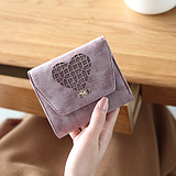 Pride wallet women short paragraph small fresh folding fashion Japan and South Korea hollow multi-purpose purse wallet