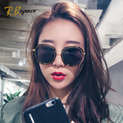 2017, the new network of Red Sunglasses, female tide star sunglasses, long, round face, polarized glasses, fashion personality, eyes