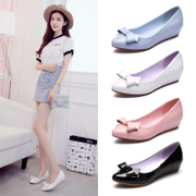 A small leather shoes with slope work shoes soft bottom flat shoes summer shallow mouth bow leather shoes scoop
