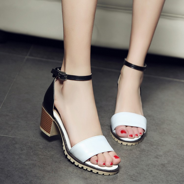 The new 2017 han edition in summer sandals for women's shoes with high heels thick with fish mouth cingulate lovely white contracted