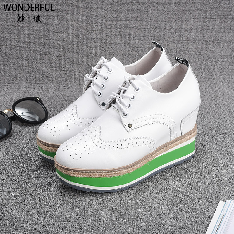 Over 400 minus 200 leather high-heeled shoes spring thick soles muffin casual shoes increased female low shoes tide
