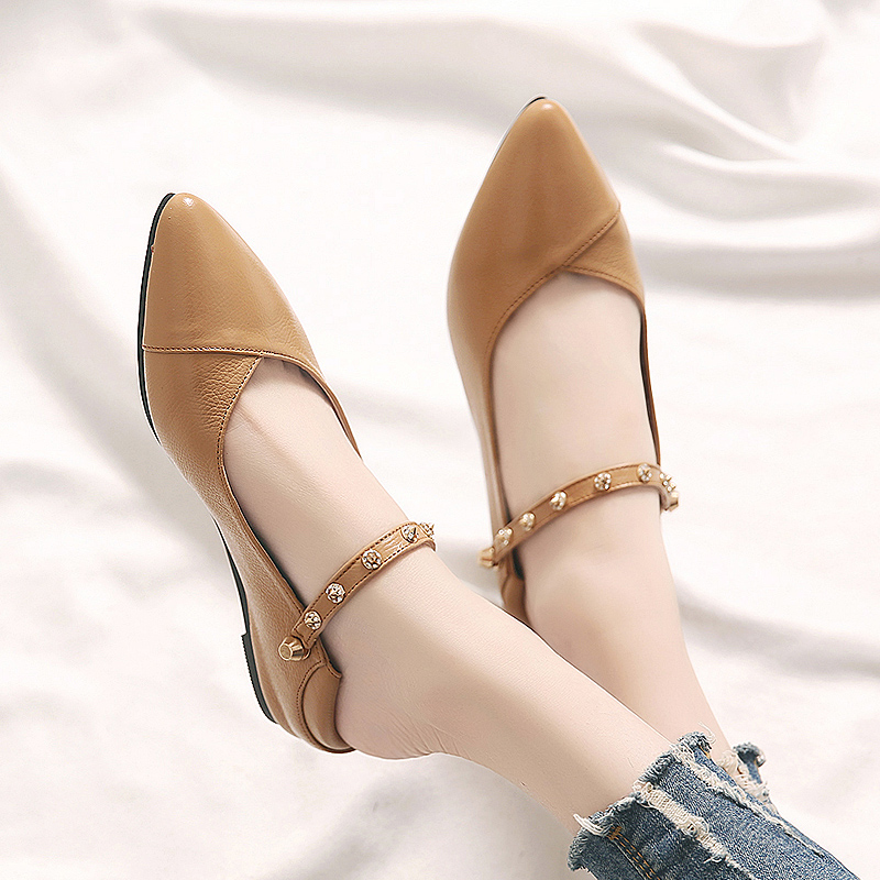 New Spring Single Shoe Women's Flat Bottom Top Leather Shoes Soft Bottom Spring and Autumn Fashion Shoes Large Size Women's Shoes 41-43