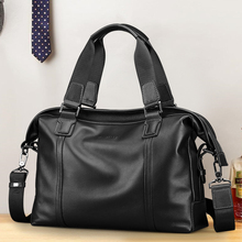First leather business men's handbag horizontal leather leisure men's One Shoulder Messenger Computer Briefcase trend