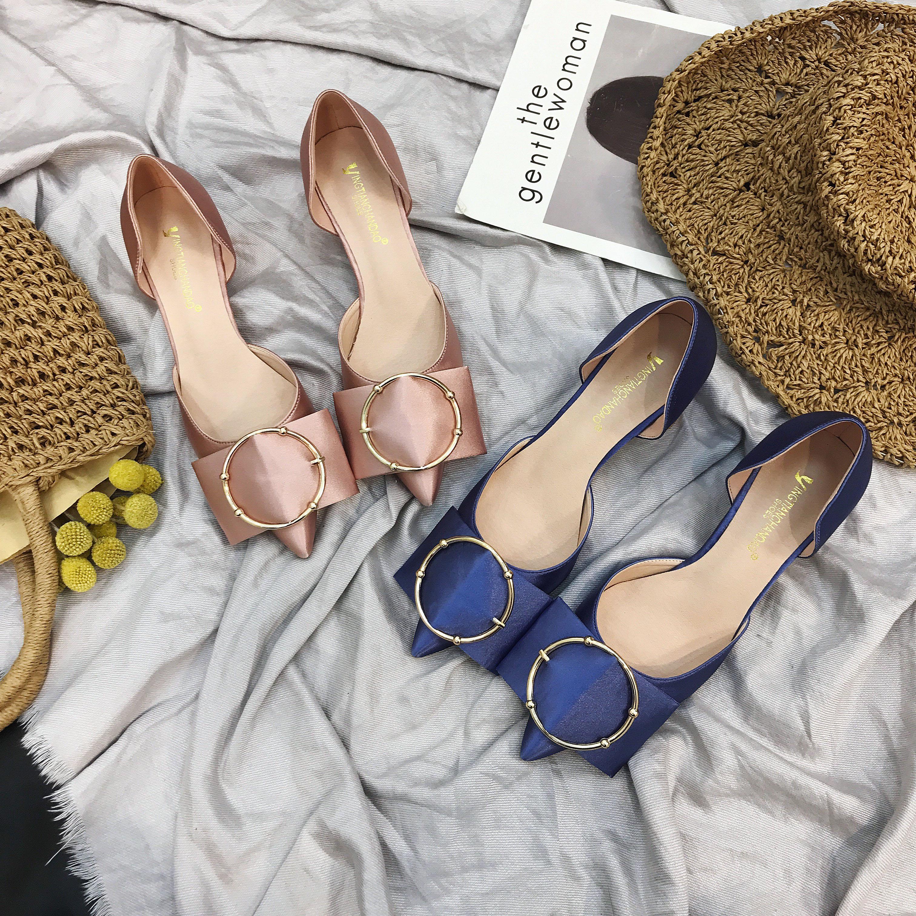 Giày nữ, phong cách nữ tính