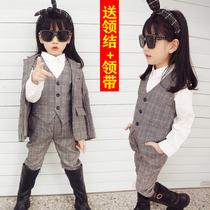 Fille petit costume ensemble 2020 Nouveau Printemps Et Automne Enfants de lair étranger veste petite fille version coréenne de mode défilé costume