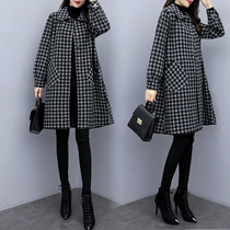 Plus size womens 2020 autumn and Winter new woolen jacket in the long section 200 pounds fat sister loose plaid coat