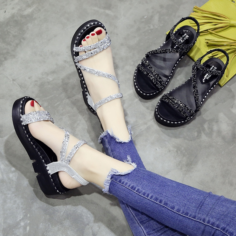 Water diamond sandals Girls Summer 2019 new Korean version fashion Baitao fairy shoes thick sole student soft sister shoes