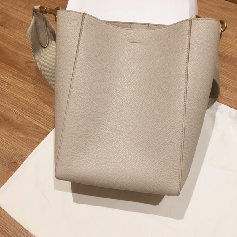 Bag female 2018 new wave Korean version of the large-capacity Messenger bag simple wild child mother bag wide shoulder strap bucket bag female