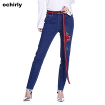 (0425 poly 239 Yuan)ochirly Europe when force flower embroidery denim pants 1JY1062080