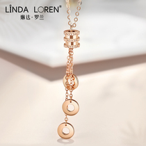 Linda Roland 18k rose gold small man waist necklace female color gold tassel clavicle chain mesh red simple temperament pendant