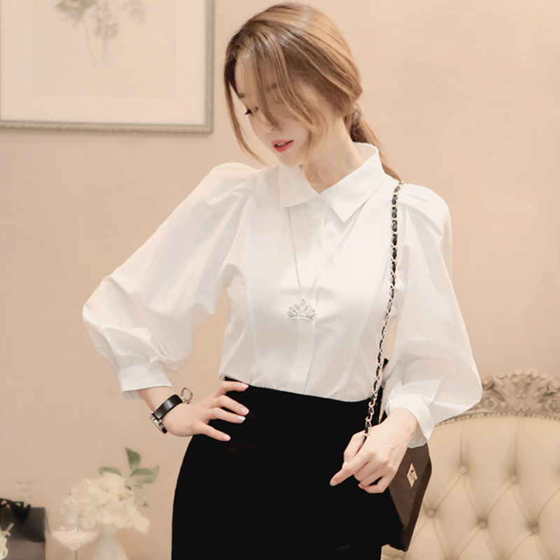 European station bubble sleeve white shirt female design sense niche new autumn winter 2020 100 cotton long-sleeved top