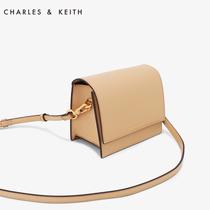 Charles & keith seule épaule Oblique cross summer pack double chaîne design fashion petit sac carré ck2-50670781
