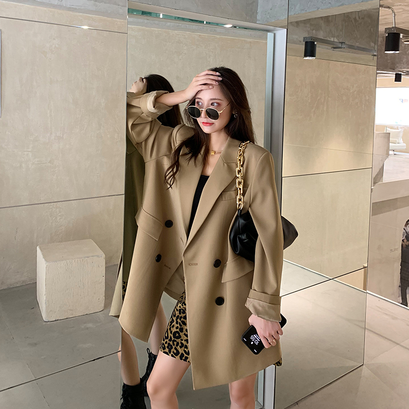 Khaki-colored suit jacket womens autumn winter 2020 new Korean version of loose design sense casual temperament suit top