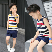 In summer 2017 new boys vest suit children children sleeveless striped summer 11 shorts at the age of 13.