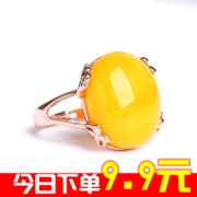 The two generation of beeswax ring female amber yellow old honey chicken oil ring opening with the shape shifting adjustable Succinum ring