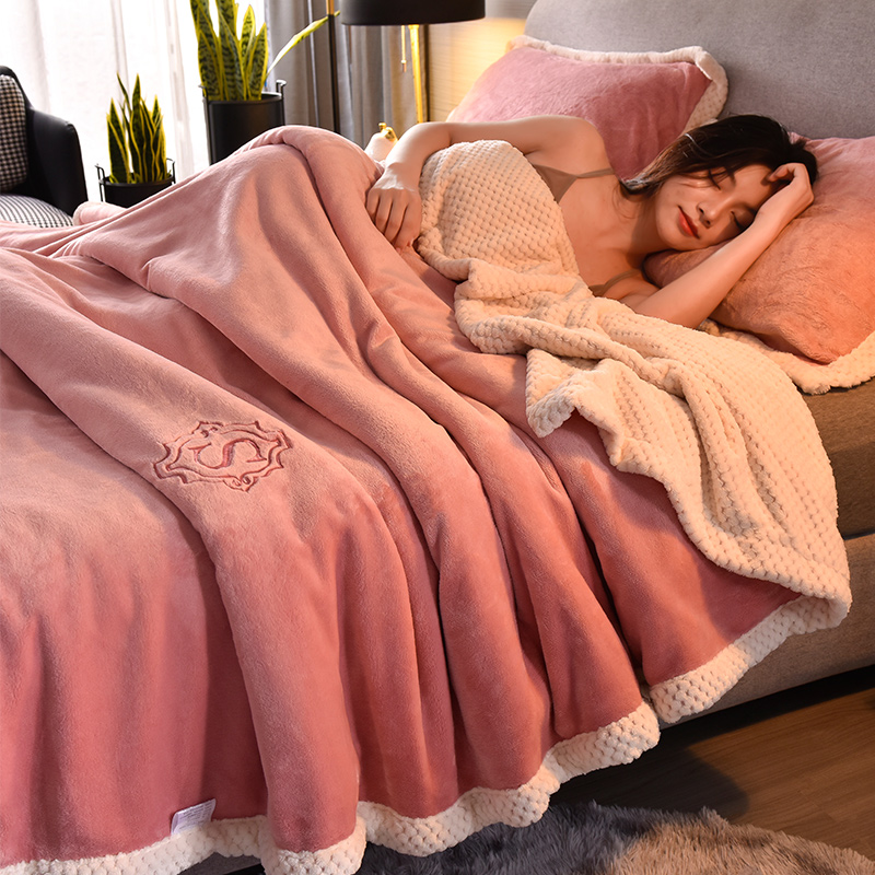 Autumn winter double-layered thickened blankets coral velvet blankets can be covered with warm naps with frankince blankets and 牀 sheets