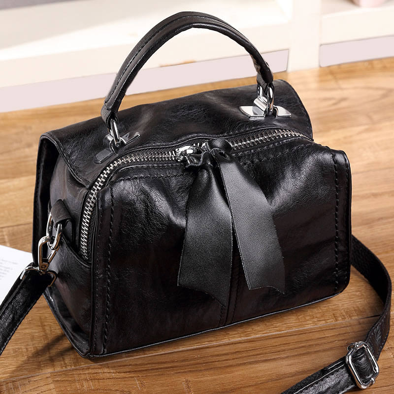 Yulin autumn bag female 2018 new fashion small square bag Korean version of the shoulder Messenger bag mini bag handbag