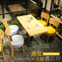 Simple coffee shop tables and chairs net red dessert shop tea shop tables and chairs combination of fresh cold drinks snack bar tables and chairs solid wood